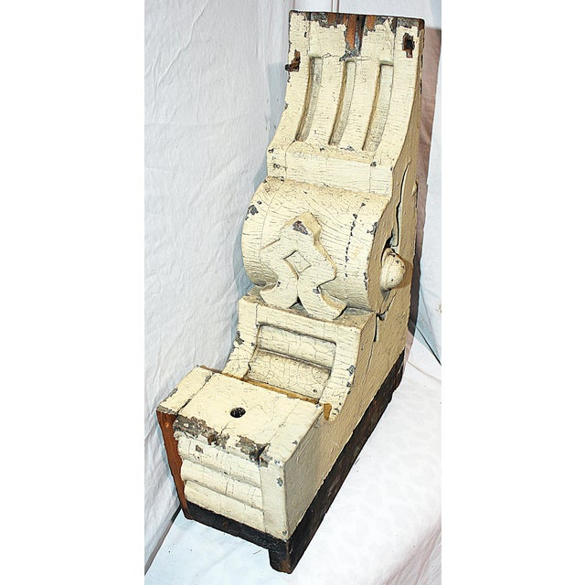 Americana Antique White Wood American Corbel For Sale - Image 3 of 6