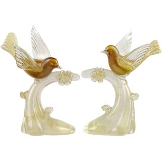 Salviati Murano White Amber Gold Italian Art Glass Birds Centerpiece Sculptures - A Pair For Sale