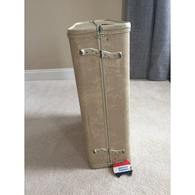 Vintage Royal Traveler Suitcase For Sale - Image 11 of 11
