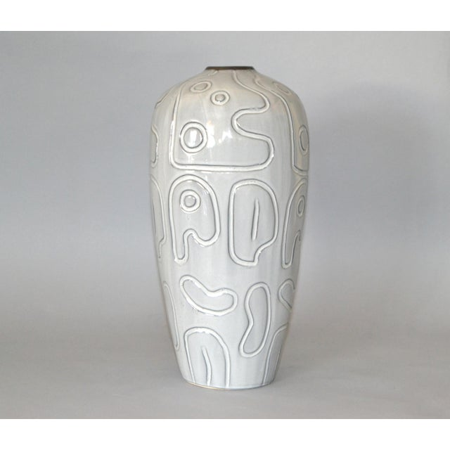 Gray Modern Glazed Pottery Gray Vase For Sale - Image 8 of 9