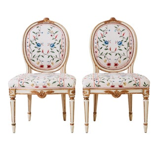 Classic Gustavian 1900's Chairs (Pair) For Sale