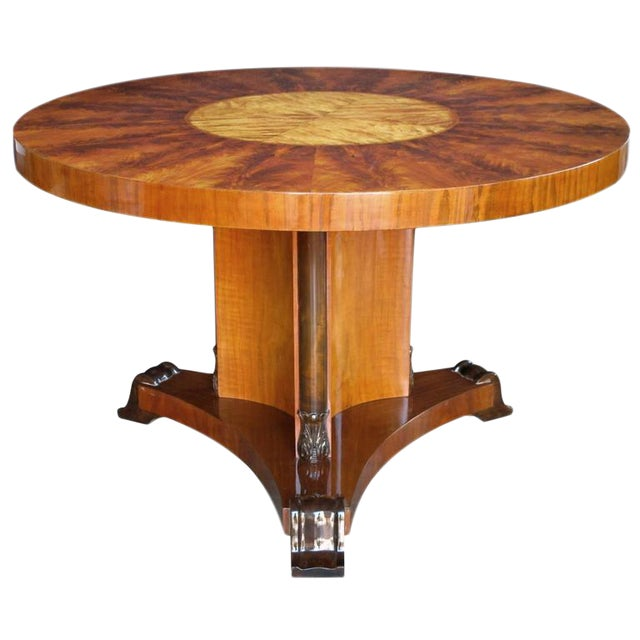 Finely Crafted Swedish Art Deco Flame Mahogany and Birch Wood Circular Table For Sale