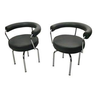Pair of Gray Leather Le Corbusier LC7 Swivel Chairs For Sale