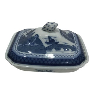 """20th Century Mottahedeh Porcelain """"Blue Canton"""" Covered Dish For Sale"""