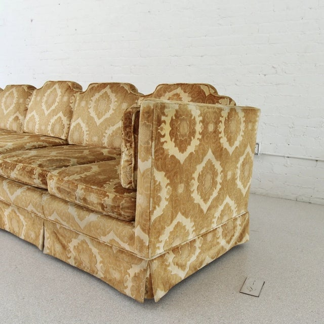 1970s Vintage Damask Two-Piece Velvet Sofa For Sale In Los Angeles - Image 6 of 10