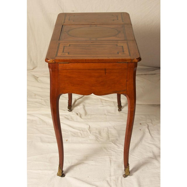 18th C. Louis XV Fruitwood Inlaid Poudreuse Dressing Table For Sale - Image 4 of 9
