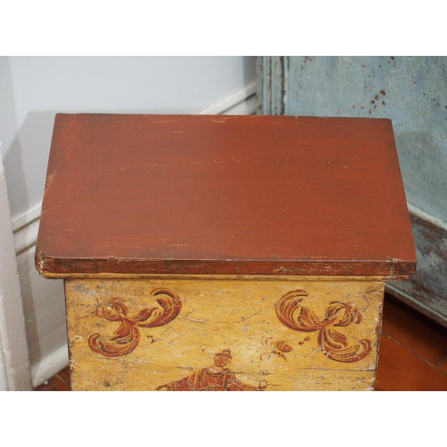 Early 19th Century Small, Early 19th Century Painted Table For Sale - Image 5 of 8