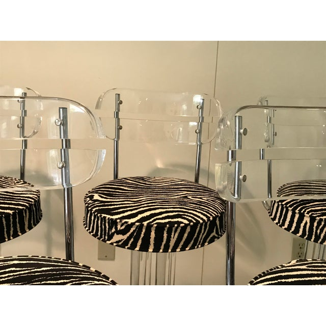 1970s Modern Glam Lucite & Chrome Bar Stools - Set of 5 For Sale - Image 11 of 13