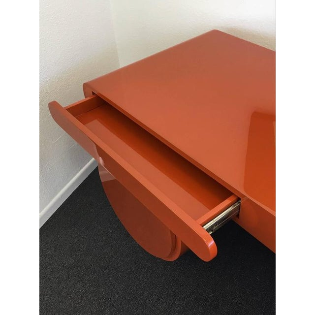 Orange High Gloss Lacquered Scuptural Desk from the 1960s For Sale - Image 8 of 9