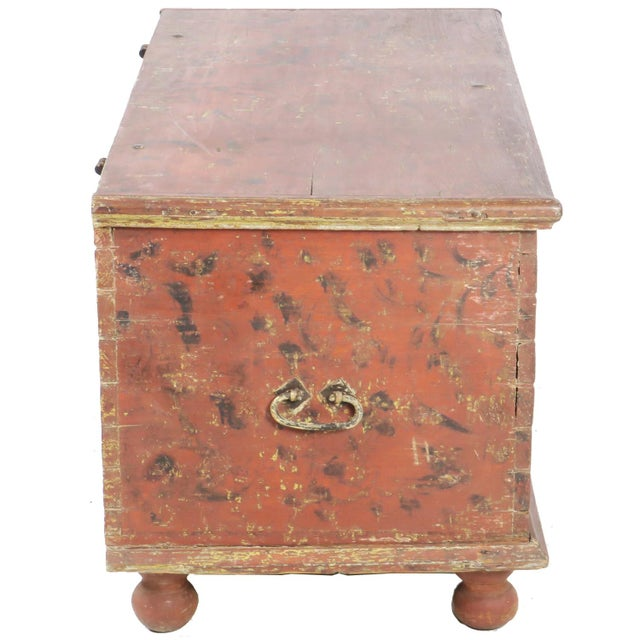 American Early 19th Century Antique Primitive Red Paint Trunk For Sale - Image 3 of 13