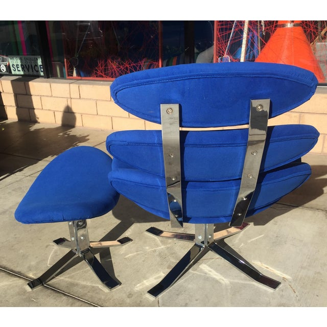 1960s Mid Century Modern Blue Pedal Corona Style Chair & Ottoman For Sale - Image 5 of 7