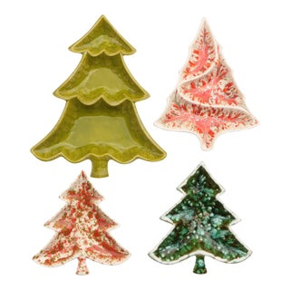 Mid-Century Christmas Tree Serving Dishes - Set of 4 For Sale