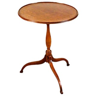 19th Century Federal Walnut Dish Top Tilt Top Table For Sale