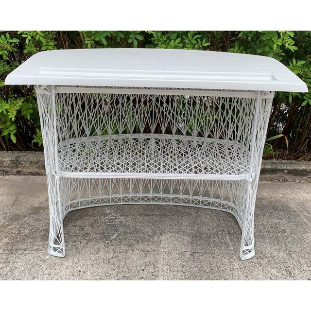 Russell Woodard Woven Fiberglass Bar and Two Stools For Sale - Image 9 of 12