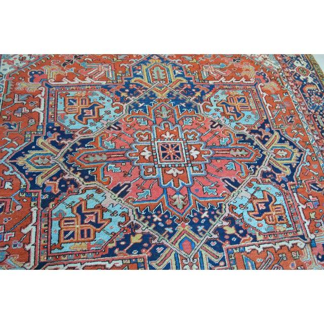 """Antique Persian Heriz Rug - 8'1"""" x 11'2"""" - Image 4 of 7"""