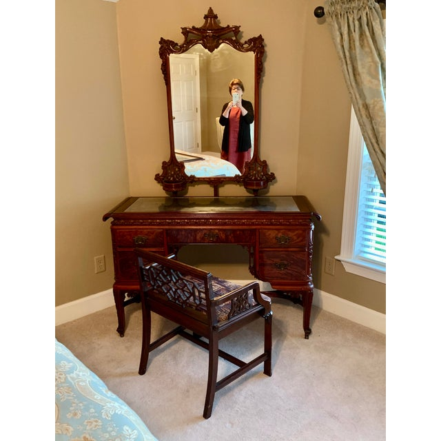 Early 20th Century Williamsport Furniture Company Chinese Chippendale Vanity with Mirror and Bench For Sale - Image 13 of 13