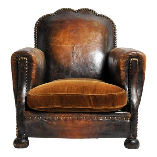 Early 20th Century French Brass-Studded Leather Chair For Sale