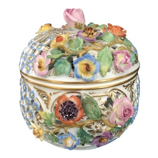 Vintage Meissen Porcelain Round Trinket Box with Lid & Flowers For Sale