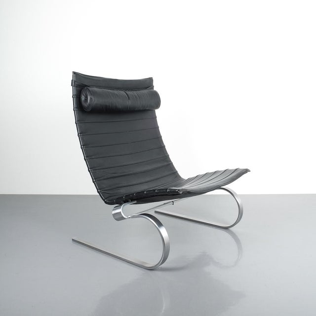 Mid-Century Modern Poul Kjærholm Early Fritz Hansen Pk20 Lounge Chair in Black Leather, 1987 For Sale - Image 3 of 12