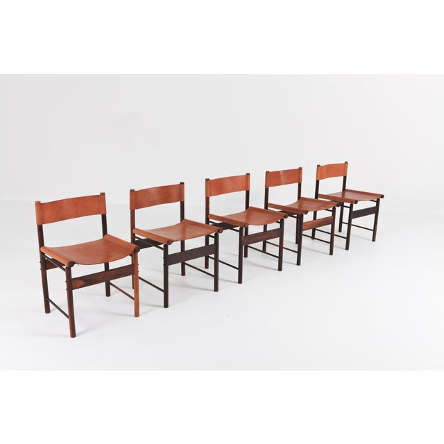 L'atelier Brazil set of six dining chairs by Jorge Zalszupin (°Warsaw, 1922). Produced by, circa 1955. Brazilian wood /...