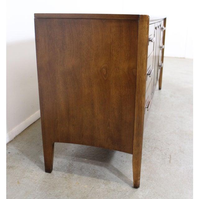 Mid-Century Danish Modern Broyhill Emphasis Walnut Credenza Dresser For Sale In Philadelphia - Image 6 of 13