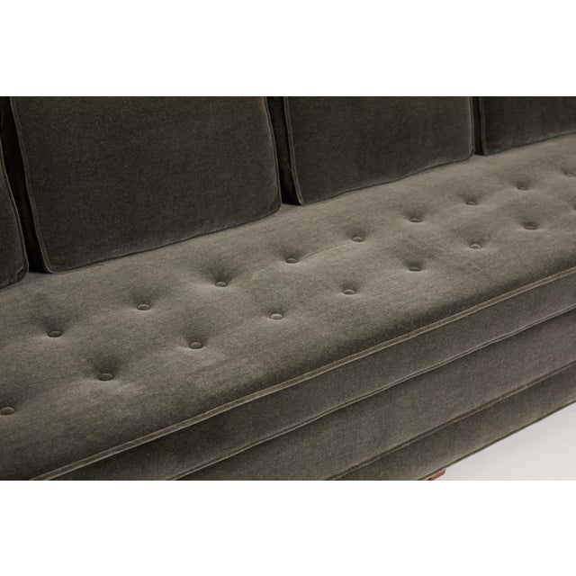 Edward Wormley Tuxedo Sofa in Mohair For Sale - Image 4 of 7