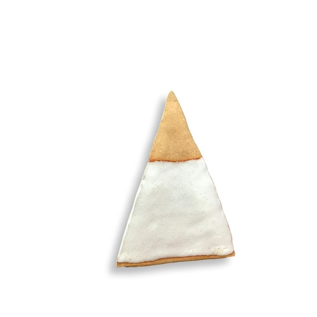 Clay Pottery Pyramid - Image 7 of 8