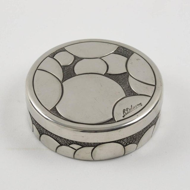 Metal French Rene Delavan Art Deco Dinanderie Polished Pewter Box, 2 Pieces For Sale - Image 7 of 11