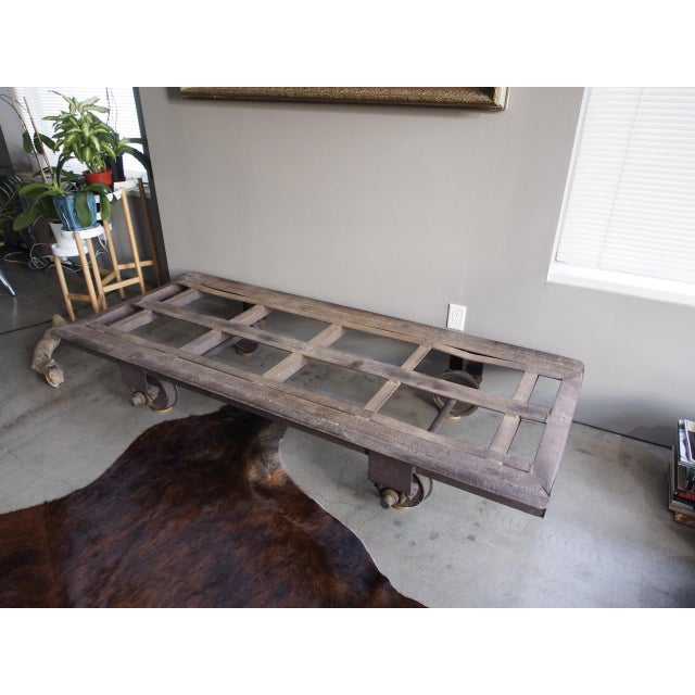 Late 20th Century Vintage Railroad Cart Daybed For Sale In Los Angeles - Image 6 of 13