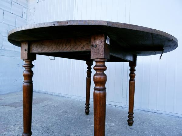 19th Century Antique French Oak Round Oval Drop Leaf Dining Table   Image 5  Of 11