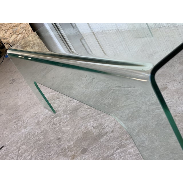 Art Glass 20th Century Mid-Century Modern Rectangular Curved Glass Coffee Table For Sale - Image 7 of 11