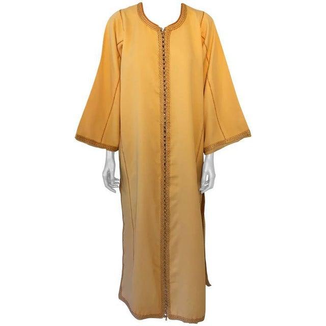 Moroccan Vintage Yellow Gold Caftan For Sale - Image 10 of 10