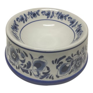 Mid-Century Blue and White Ceramic Dog Bowl For Sale