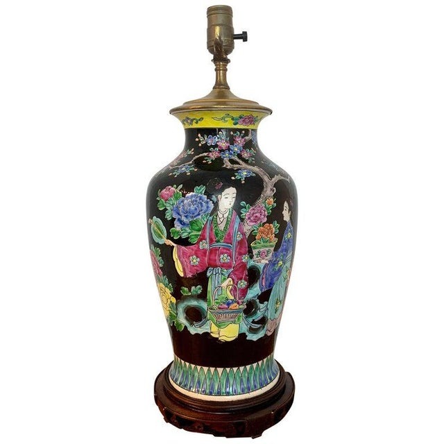 Japanese Vase With Black Background in the Style of Chinese Famille Verte For Sale - Image 11 of 11