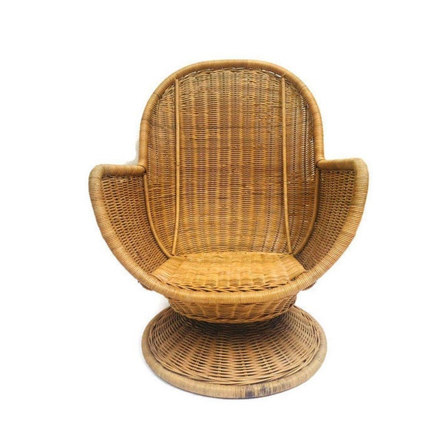 1980s 1980s Vintage Sculpted Rattan Egg Chair Swivel Wicker Club Chair For Sale - Image 5 of 13