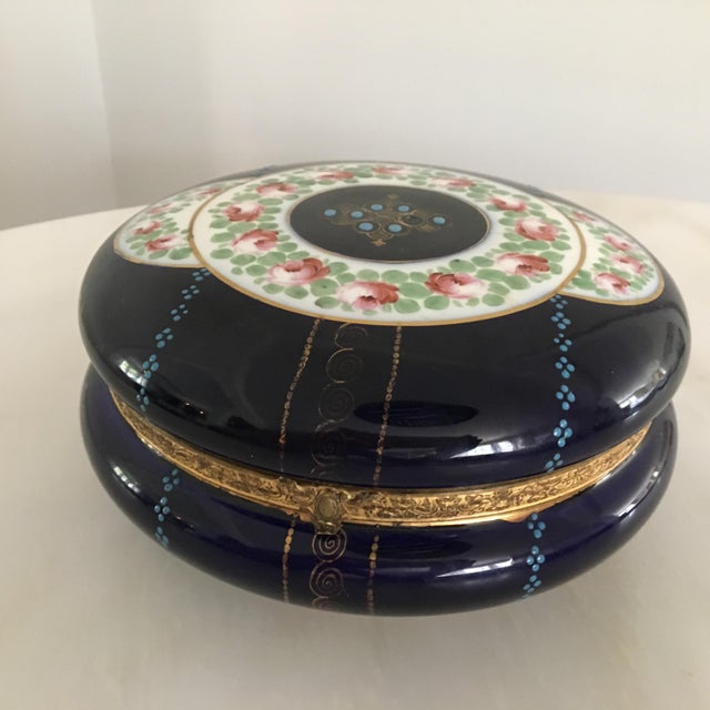Late 19th Century Antique Cobalt Blue French Porcelain Dresser Box For Sale - Image 5 of 12