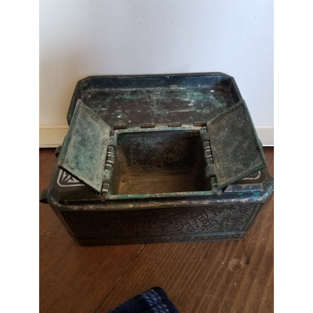 Antique Bronze and Silver Betel Box For Sale In San Antonio - Image 6 of 11