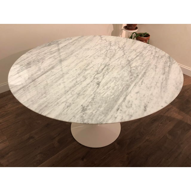 Modern Room and Board Carrara Marble White Tulip Table For Sale - Image 3 of 6