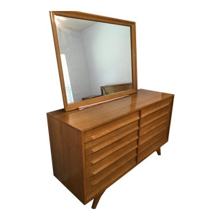 Jack Van Der Molen Americana Casual Oak Dresser with Mirror For Sale