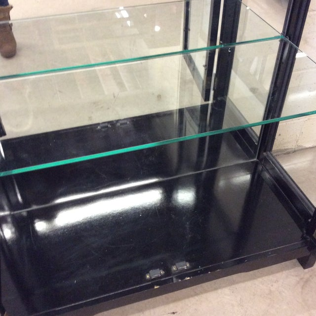 Asian Style Black Lacquer & Mirrored Display Case Lighted For Sale In Richmond - Image 6 of 10
