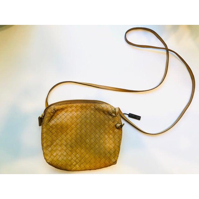 Bottega Veneta Intrecciato Tan Cross Body Bag For Sale - Image 10 of 10
