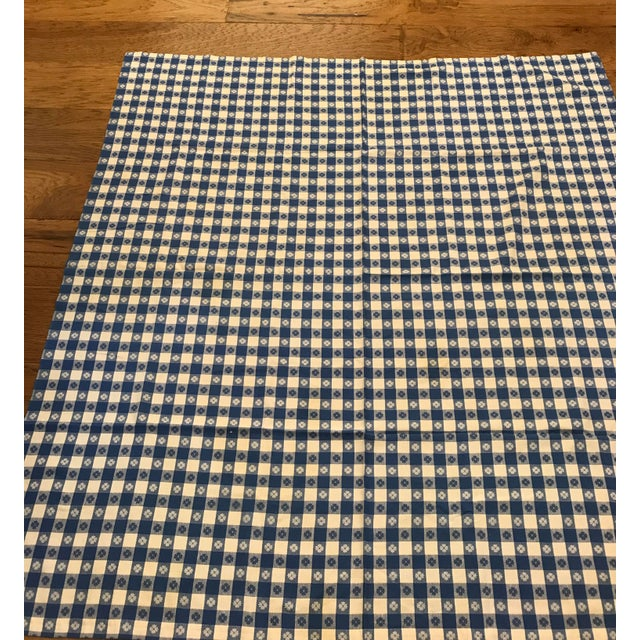 Mid-Century Blue White Flower Design Tablecloth For Sale - Image 4 of 8
