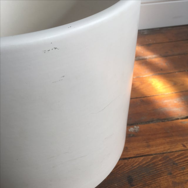 Matte White Ac-12 Gainey Ceramics Planter For Sale - Image 6 of 7