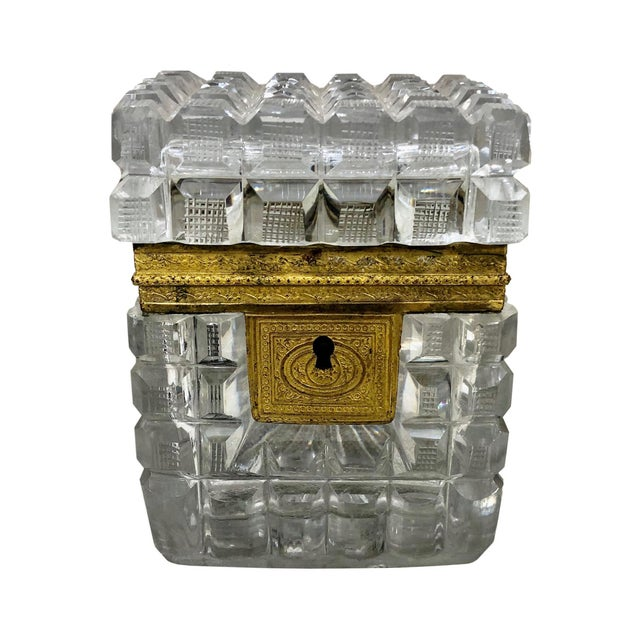 Early 19th Century Neo Classical French Baccarat Crystal Box For Sale In Tampa - Image 6 of 6
