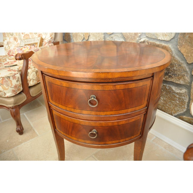 Ethan Allen Newport Collection Osborne Round End Table - Image 3 of 8