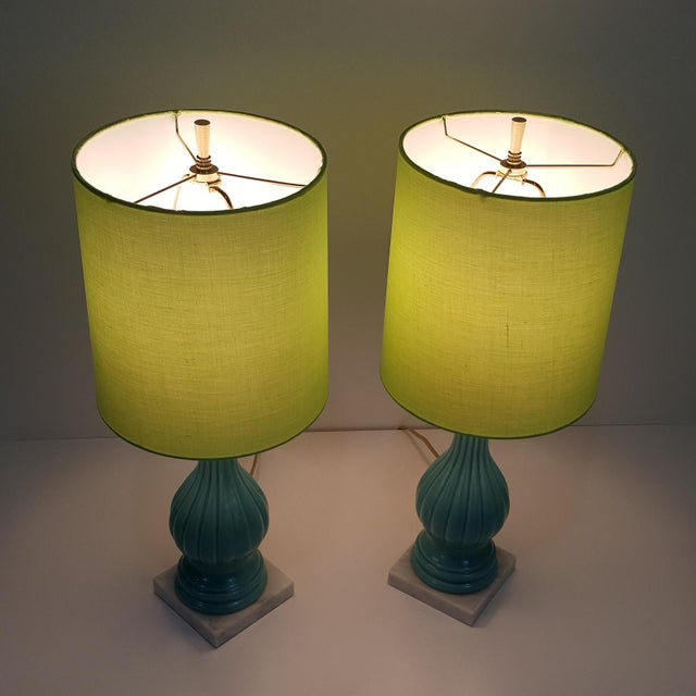 Contemporary Mid-Century Modern Aqua Blue Pottery Lamps With Chartreuse Shades, a Pair For Sale - Image 3 of 10