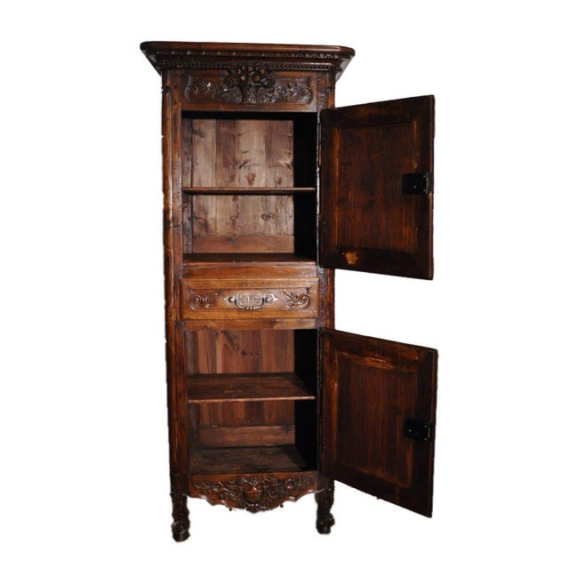 French 19th Century Louis XV French Carved Walnut Homme-Debout Cabinet For Sale - Image 3 of 7