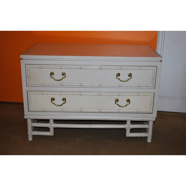 1960s Hollywood Regency Ficks Reed Matching Nightstands - a Pair For Sale In San Francisco - Image 6 of 11