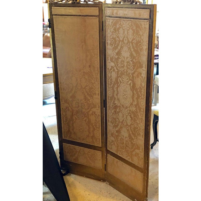 Louis XVI Style 3-Panel Folding Screen / Room Divider With French Tapestry For Sale - Image 4 of 13