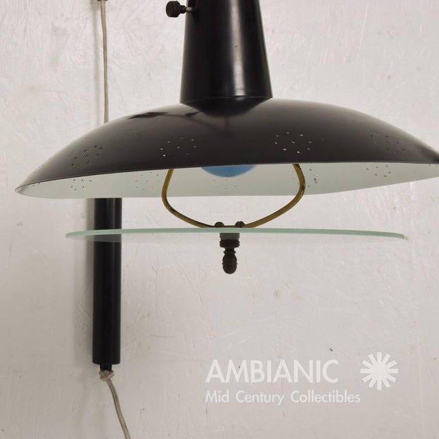 Mid-Century Modern American Wall Sconce For Sale In San Diego - Image 6 of 7